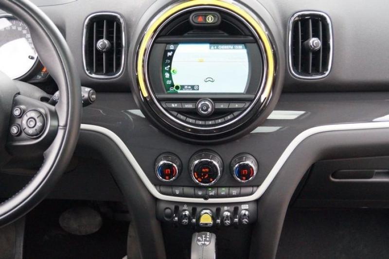 Photo 9 de l'offre de MINI COUNTRYMAN COOPER SE 136CH + 88CH ALL4 BVA à 27890€ chez Visiteauto.fr