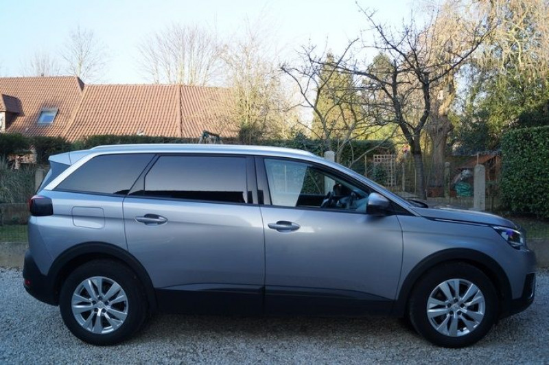 Photo 2 de l'offre de PEUGEOT 5008 1.6 BLUEHDI 120CH ACTIVE BUSINESS S&S à 17890€ chez Visiteauto.fr
