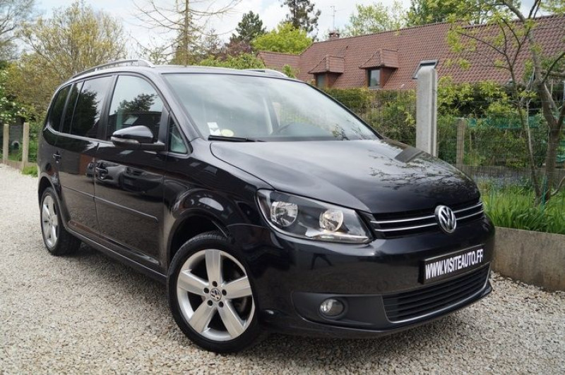 Volkswagen TOURAN 1.6 TDI 105CH BLUEMOTION TECHNOLOGY FAP MATCH Diesel NOIR Occasion à vendre