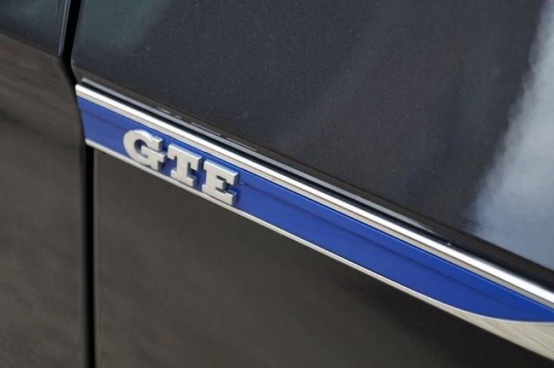 Photo 18 de l'offre de VOLKSWAGEN PASSAT SW 1.4 TSI 218CH GTE DSG6 à 24490€ chez Visiteauto.fr