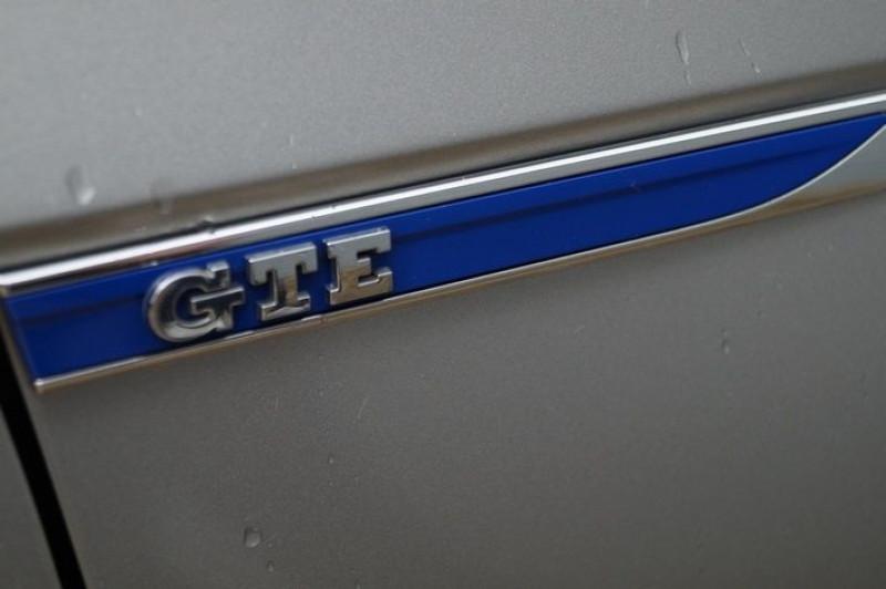Photo 16 de l'offre de VOLKSWAGEN PASSAT SW 1.4 TSI 218CH GTE DSG6 à 23890€ chez Visiteauto.fr