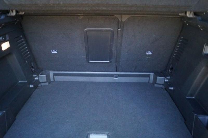Photo 14 de l'offre de PEUGEOT 3008 1.5 BLUEHDI 130CH E6.C ACTIVE S&S à 17890€ chez Visiteauto.fr