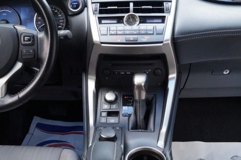 Photo 8 de l'offre de LEXUS NX 300H 2WD PACK à 22990€ chez Visiteauto.fr