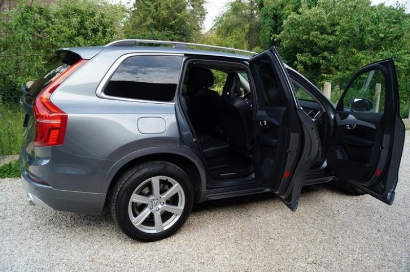 Photo 4 de l'offre de VOLVO XC90 D5 ADBLUE AWD 235CH MOMENTUM GEARTRONIC 7 PLACES à 35990€ chez Visiteauto.fr