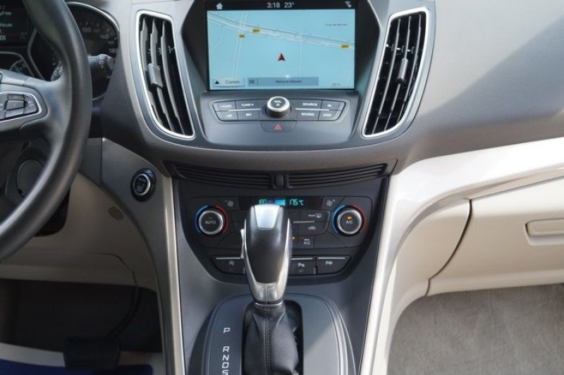 Photo 8 de l'offre de FORD GRAND C-MAX 1.5 TDCI 120CH STOP&START TITANIUM POWERSHIFT EURO6.2 à 16480€ chez Visiteauto.fr