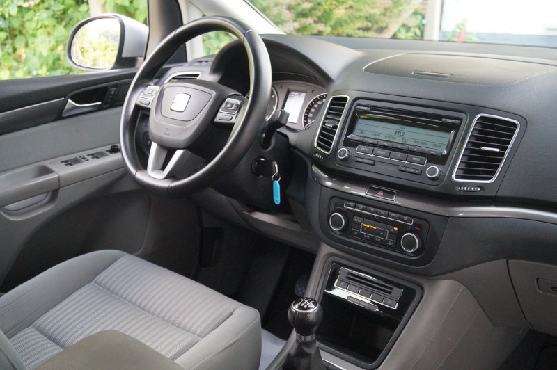 Photo 5 de l'offre de SEAT ALHAMBRA 2.0 TDI 140CH ECOMOTIVE REFERENCE 7PL à 13890€ chez Visiteauto.fr