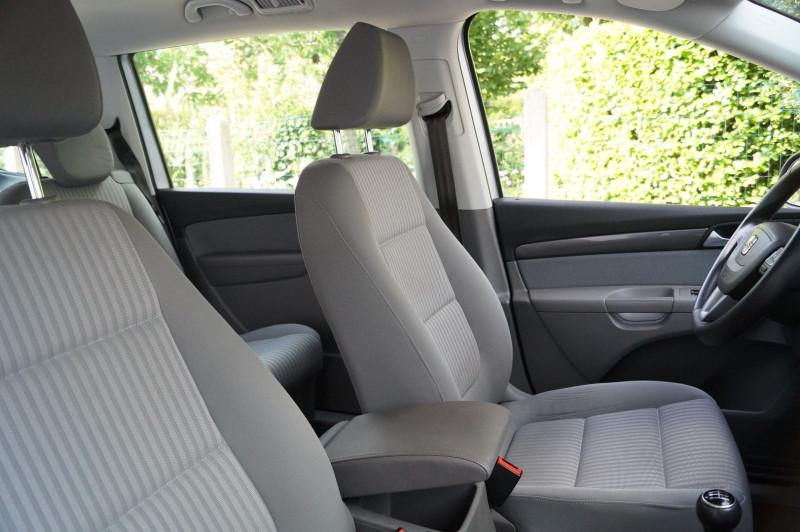 Photo 8 de l'offre de SEAT ALHAMBRA 2.0 TDI 140CH ECOMOTIVE REFERENCE 7PL à 13890€ chez Visiteauto.fr