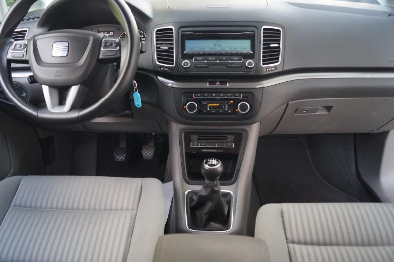 Photo 6 de l'offre de SEAT ALHAMBRA 2.0 TDI 140CH ECOMOTIVE REFERENCE 7PL à 13890€ chez Visiteauto.fr