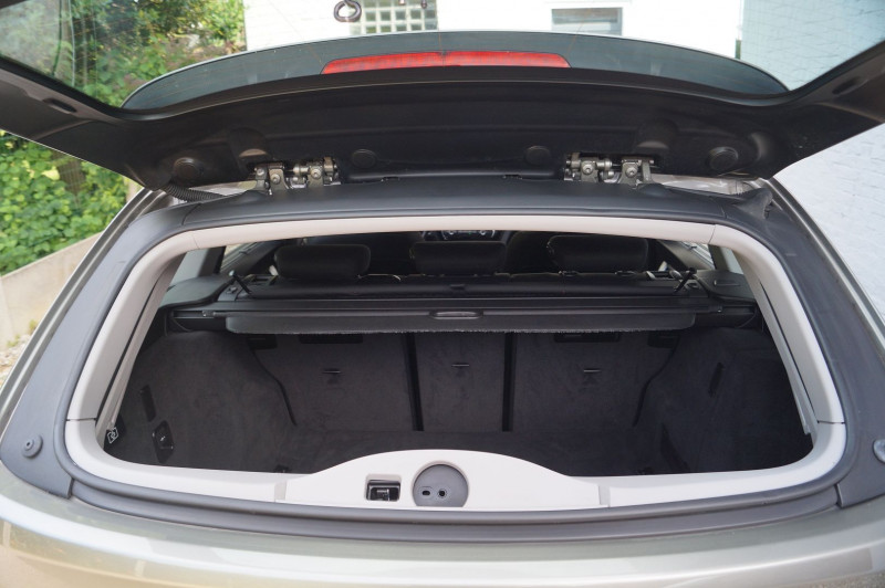 Photo 19 de l'offre de BMW SERIE 3 TOURING (F31) 320I 184CH LOUNGE à 17990€ chez Visiteauto.fr