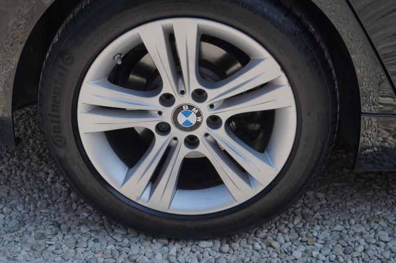 Photo 10 de l'offre de BMW SERIE 3 TOURING (F31) 318D 150CH BUSINESS DESIGN à 21990€ chez Visiteauto.fr