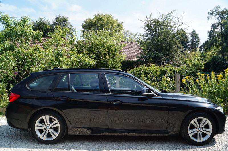Photo 2 de l'offre de BMW SERIE 3 TOURING (F31) 318D 150CH BUSINESS DESIGN à 21990€ chez Visiteauto.fr