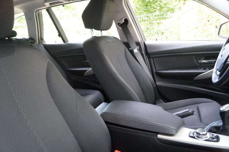 Photo 9 de l'offre de BMW SERIE 3 TOURING (F31) 320I 184CH LOUNGE à 17990€ chez Visiteauto.fr