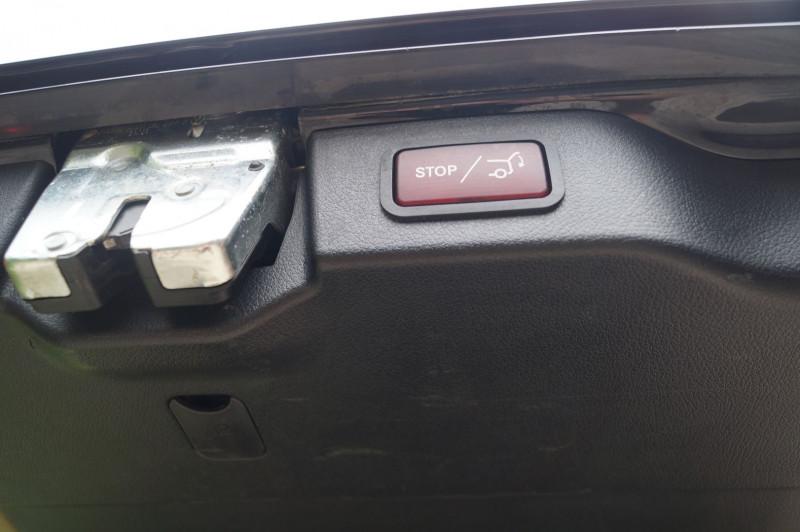 Photo 14 de l'offre de MERCEDES-BENZ CLASSE V 250 D EXTRA-LONG FASCINATION 4MATIC 7G-TRONIC PLUS à 51990€ chez Visiteauto.fr