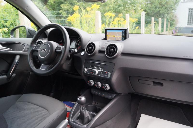 Photo 5 de l'offre de AUDI A1 SPORTBACK 1.4 TDI 90CH ULTRA GPS - KEYLESS à 15890€ chez Visiteauto.fr