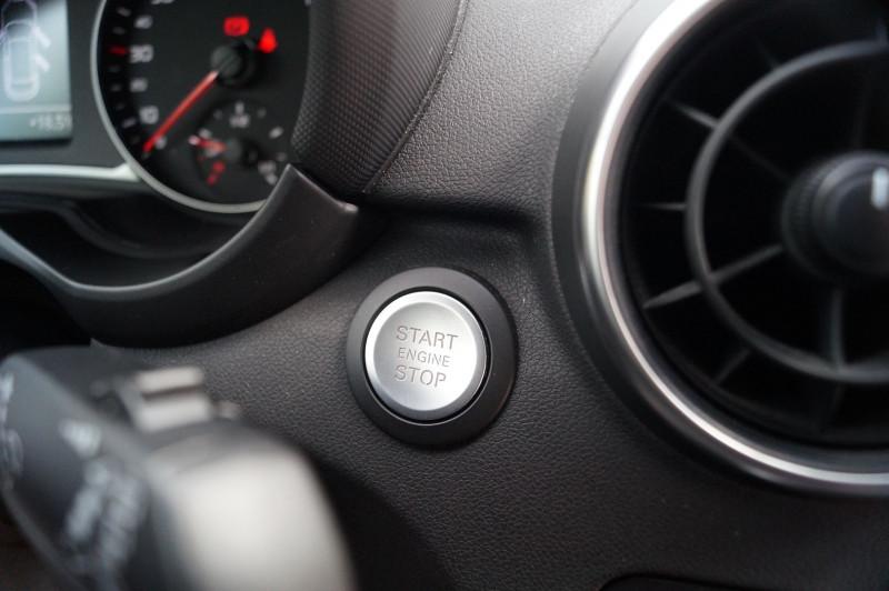 Photo 10 de l'offre de AUDI A1 SPORTBACK 1.4 TDI 90CH ULTRA GPS - KEYLESS à 15890€ chez Visiteauto.fr