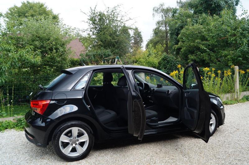 Photo 4 de l'offre de AUDI A1 SPORTBACK 1.4 TDI 90CH ULTRA GPS - KEYLESS à 15890€ chez Visiteauto.fr