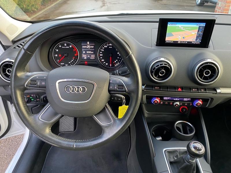 Photo 12 de l'offre de AUDI A3 SPORTBACK 1.2 TFSI 110CH FAP BUSINESS LINE à 15490€ chez auto-direct.fr