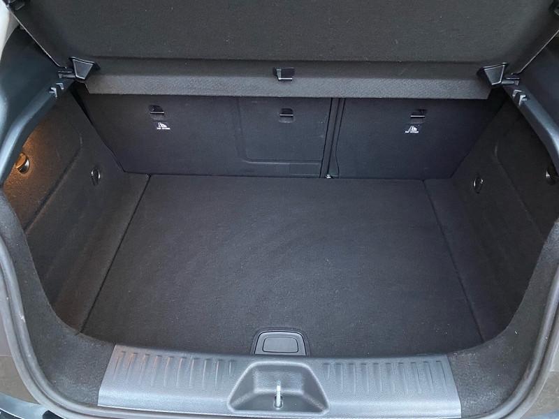 Photo 13 de l'offre de MERCEDES-BENZ CLASSE A (W176) 160 D BUSINESS EDITION à 19950€ chez auto-direct.fr