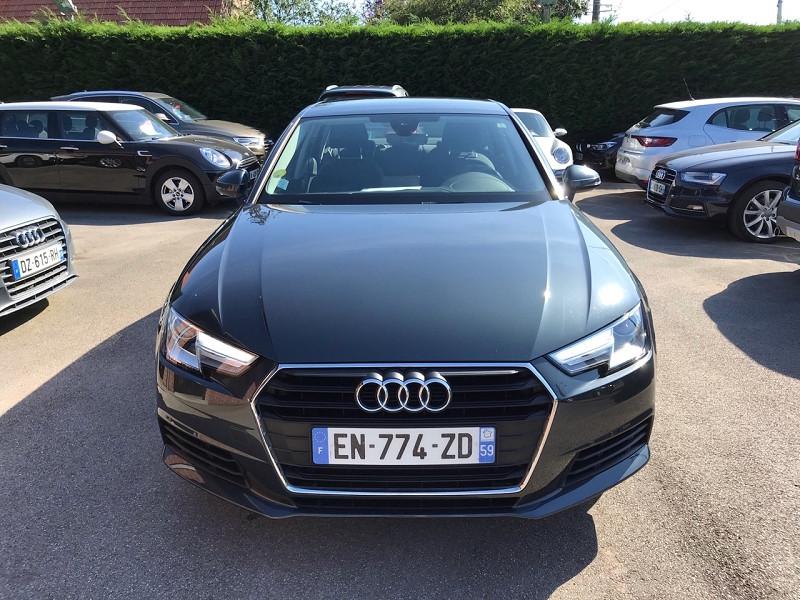 Photo 2 de l'offre de AUDI A4 2.0 TDI 150 CH BUSINESS LINE S TRONIC 7 à 20900€ chez auto-direct.fr