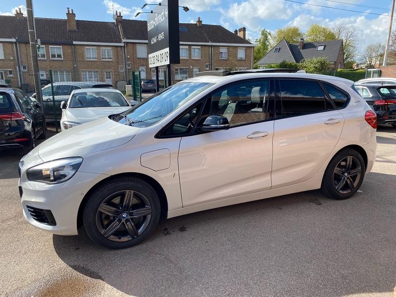 Photo 8 de l'offre de BMW SERIE 2 ACTIVETOURER (F45) 225XEA 224CH SPORT à 21900€ chez auto-direct.fr