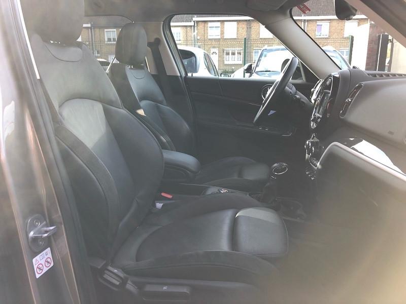 Photo 15 de l'offre de MINI COUNTRYMAN COOPER SE 136CH + 88CH ALL4 CUIR + TOIT OUVRANT + GPS à 27680€ chez auto-direct.fr