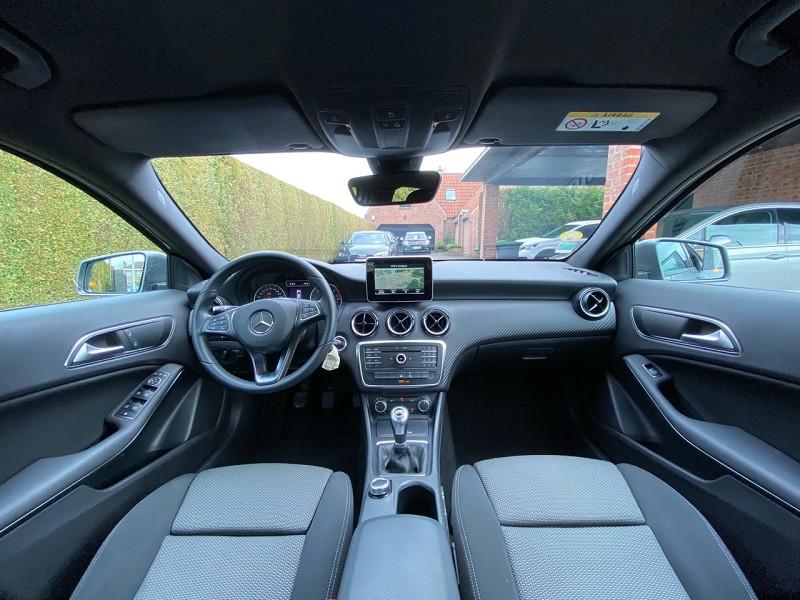 Photo 9 de l'offre de MERCEDES-BENZ CLASSE GLA (X156) 180 D BUSINESS EDITION à 20490€ chez auto-direct.fr