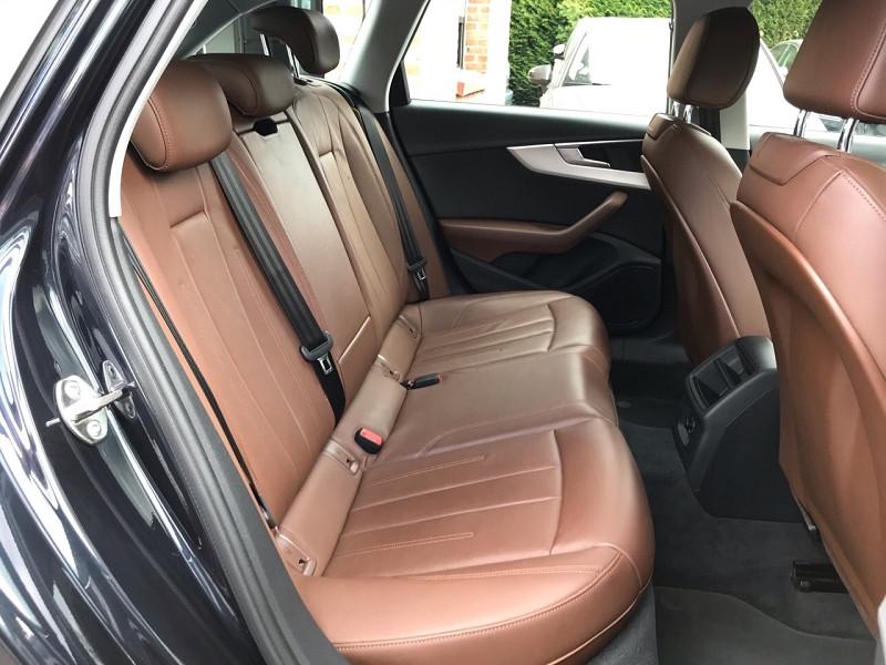 Photo 10 de l'offre de AUDI A4 AVANT 2.0 TDI 150CH ULTRA DESIGN LUXE à 21900€ chez auto-direct.fr