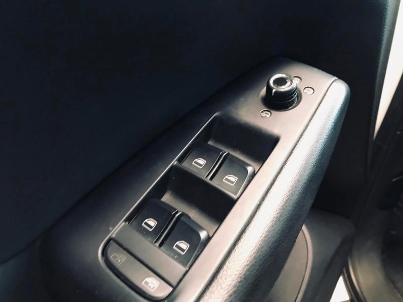 Photo 15 de l'offre de AUDI Q5 3.0 V6 TDI 240ch FAP Avus quattro S tronic 7 à 13990€ chez ADO - Auto Distribution Occitane - Toulouse