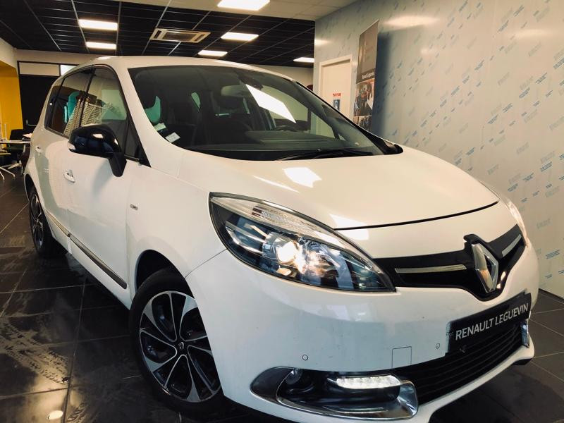 Renault Scenic 1.5 dCi 110ch energy Bose eco² Euro6 2015 Diesel BLANC Occasion à vendre