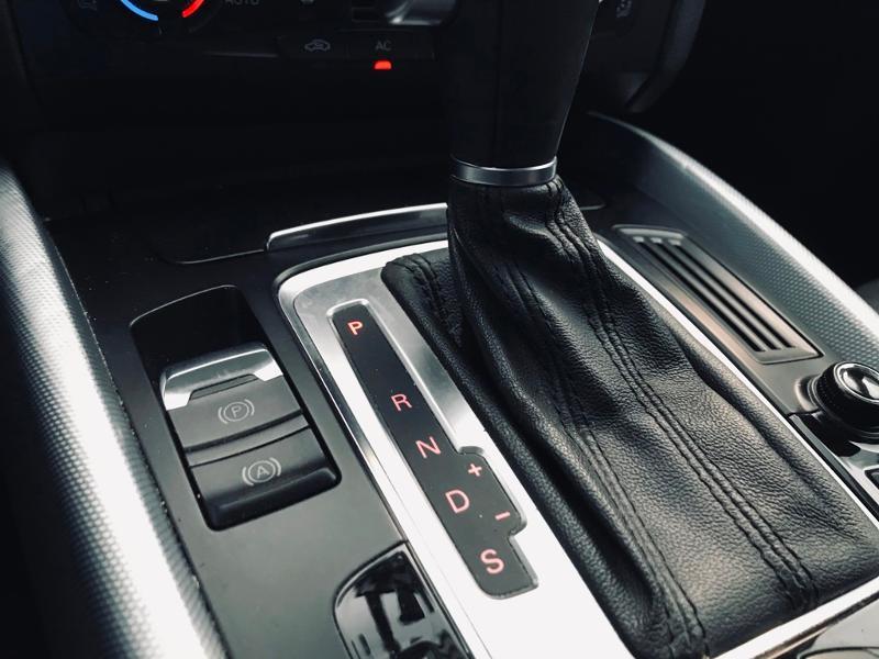 Photo 10 de l'offre de AUDI Q5 3.0 V6 TDI 240ch FAP Avus quattro S tronic 7 à 13990€ chez ADO - Auto Distribution Occitane - Toulouse