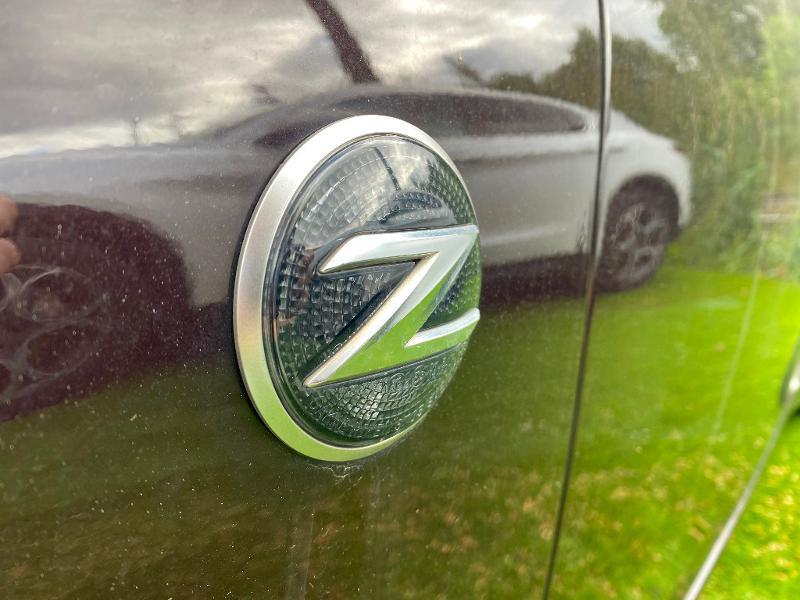 Photo 11 de l'offre de NISSAN 370Z Roadster 3.7 V6 328ch Pack à 23990€ chez ADO - Auto Distribution Occitane - Toulouse