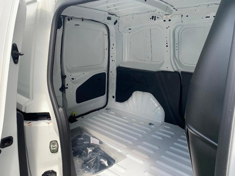 Photo 6 de l'offre de TOYOTA PROACE CITY Medium 100 D-4D Business RC21 à 16490€ chez ADO - Auto Distribution Occitane - Toulouse