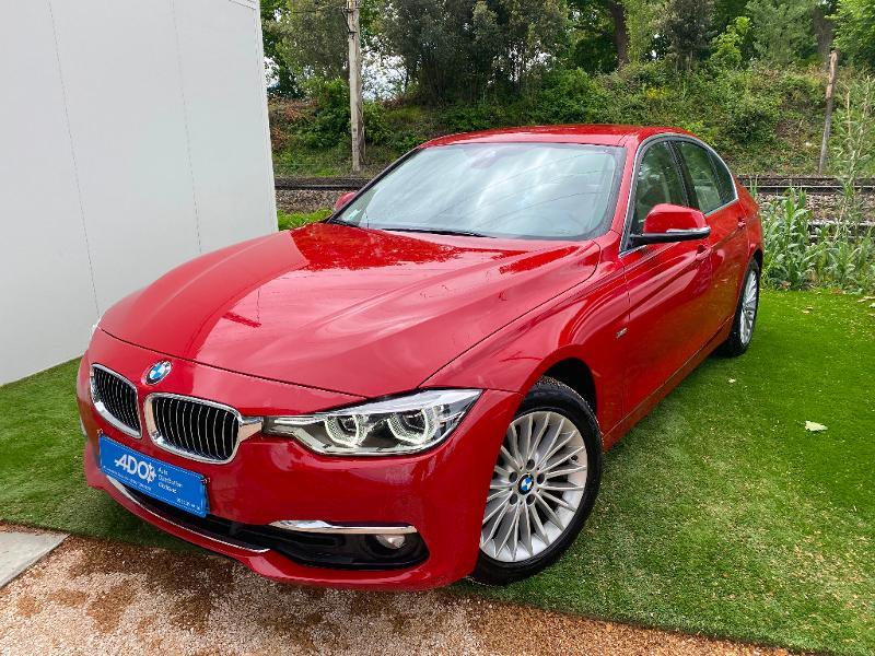 Bmw Serie 3 318i 136ch Luxury Essence ROUGE Occasion à vendre