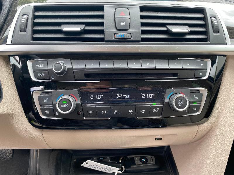 Photo 15 de l'offre de BMW Serie 3 318i 136ch Luxury à 20990€ chez ADO - Auto Distribution Occitane - Toulouse