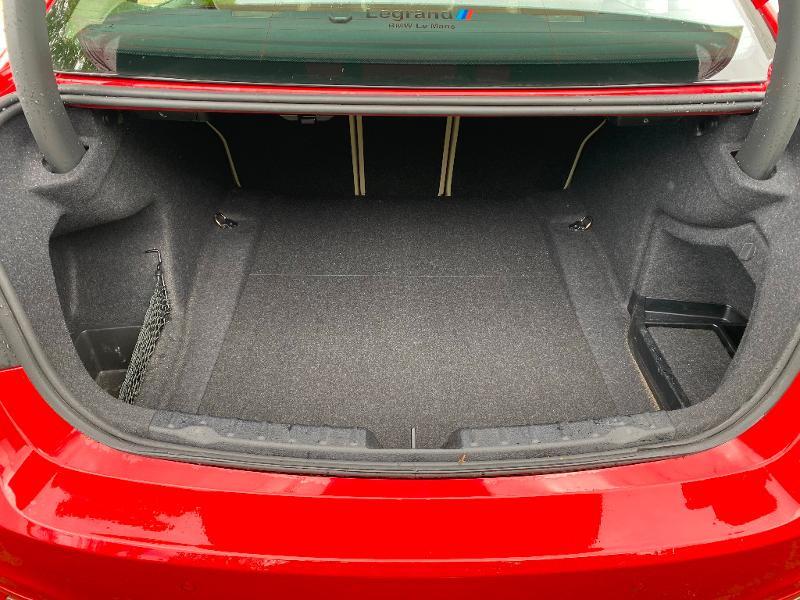 Photo 19 de l'offre de BMW Serie 3 318i 136ch Luxury à 20990€ chez ADO - Auto Distribution Occitane - Toulouse