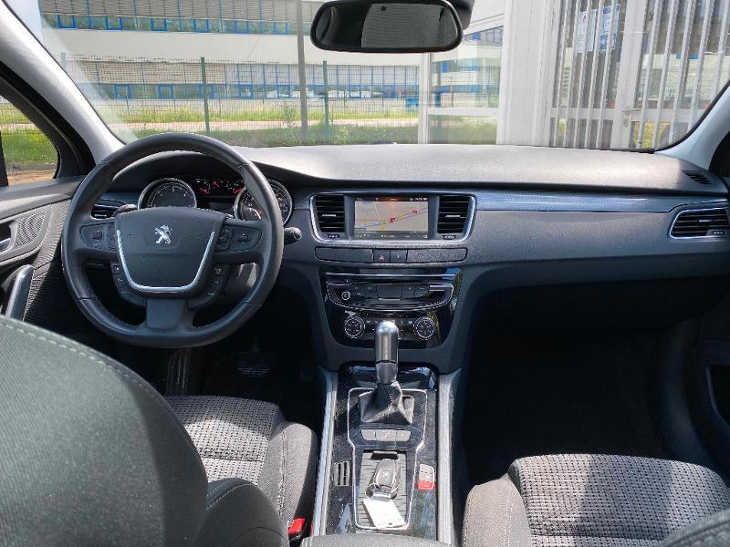 Photo 9 de l'offre de PEUGEOT 508 SW 1.6 BlueHDi 120ch Active Business S&S EAT6 à 12490€ chez ADO - Auto Distribution Occitane - Toulouse