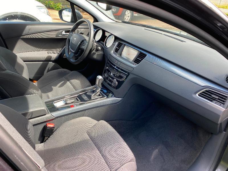 Photo 8 de l'offre de PEUGEOT 508 SW 1.6 BlueHDi 120ch Active Business S&S EAT6 à 12490€ chez ADO - Auto Distribution Occitane - Toulouse