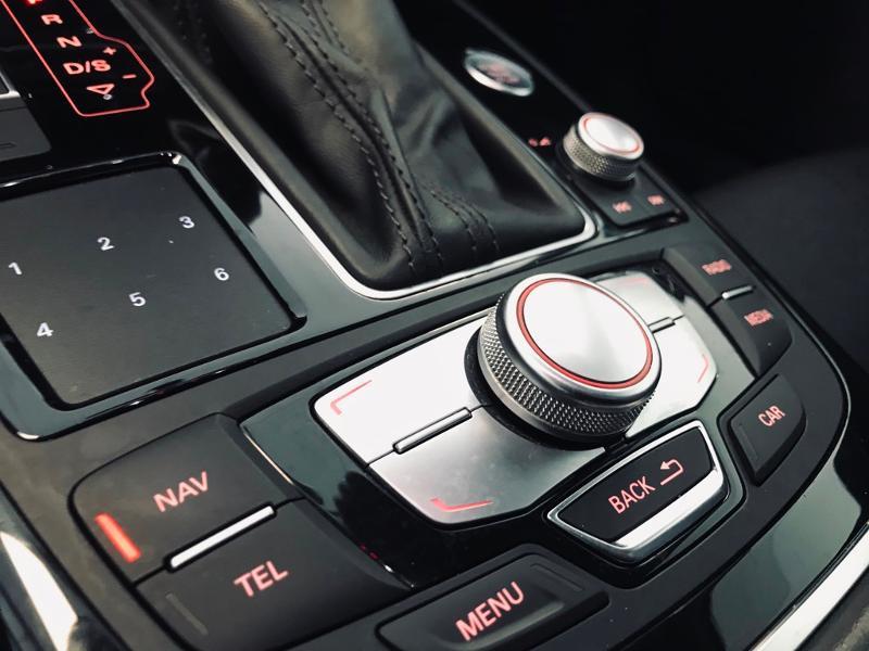 Photo 16 de l'offre de AUDI A6 Allroad 3.0 V6 BiTDI 320ch Avus quattro Tiptronic à 31490€ chez ADO - Auto Distribution Occitane - Toulouse