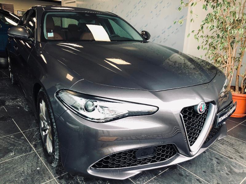 Alfa Romeo Giulia 2.2 JTD 180ch Super Diesel GRIS Occasion à vendre