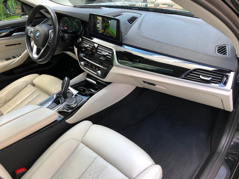 Photo 10 de l'offre de BMW Serie 5 530dA 265ch Luxury Steptronic à 34990€ chez ADO - Auto Distribution Occitane - Toulouse
