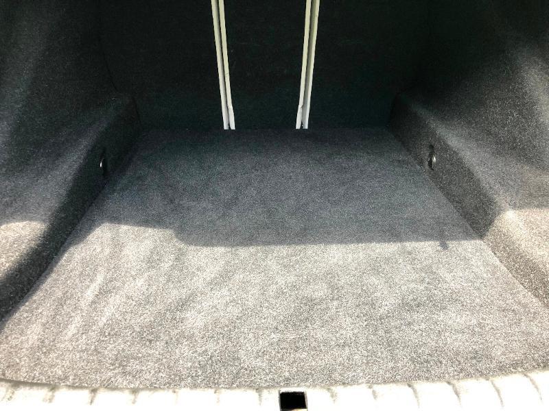 Photo 28 de l'offre de BMW Serie 5 530dA 265ch Luxury Steptronic à 34990€ chez ADO - Auto Distribution Occitane - Toulouse