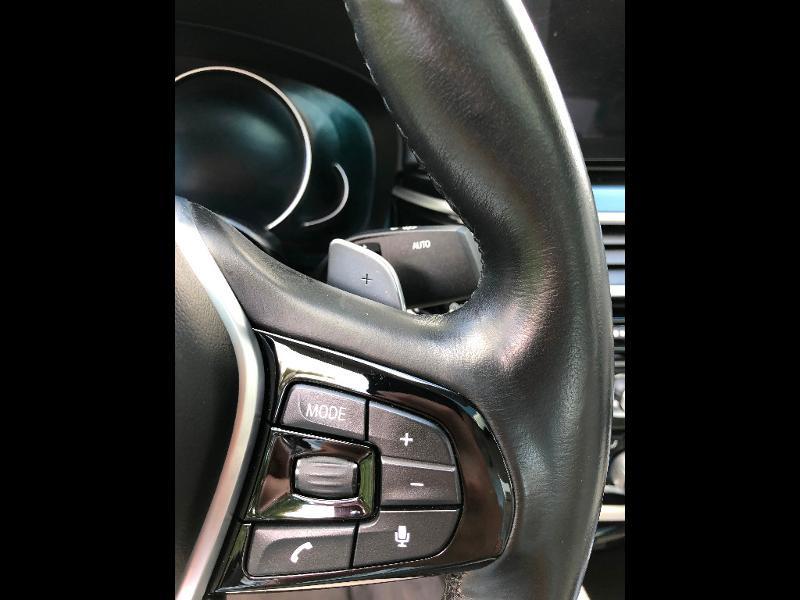 Photo 20 de l'offre de BMW Serie 5 530dA 265ch Luxury Steptronic à 34990€ chez ADO - Auto Distribution Occitane - Toulouse