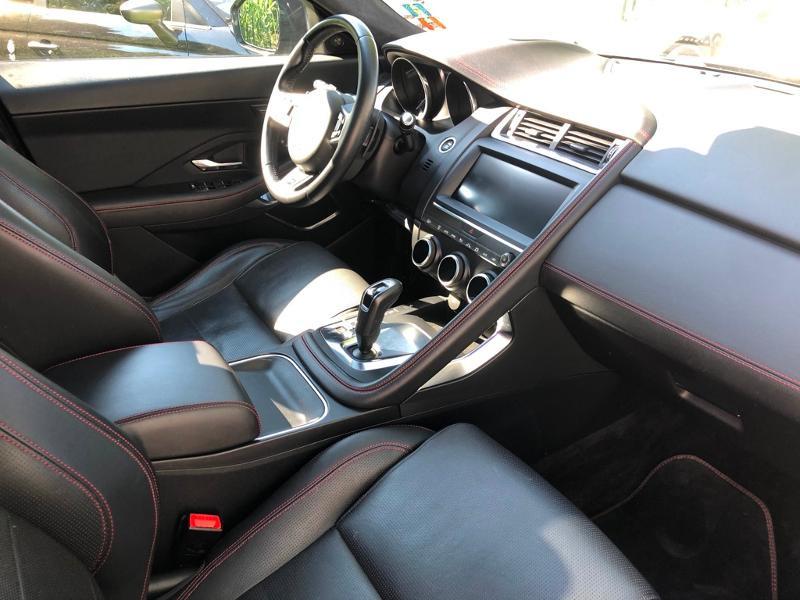 Photo 10 de l'offre de JAGUAR E-Pace 2.0D 180ch R-Dynamic Première Edition AWD BVA9 à 33990€ chez ADO - Auto Distribution Occitane - Toulouse