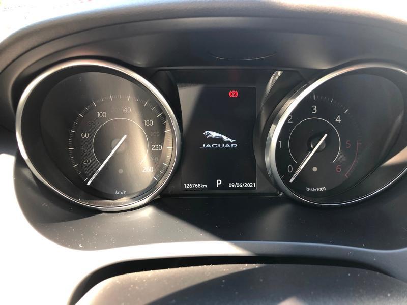 Photo 24 de l'offre de JAGUAR E-Pace 2.0D 180ch R-Dynamic Première Edition AWD BVA9 à 33990€ chez ADO - Auto Distribution Occitane - Toulouse