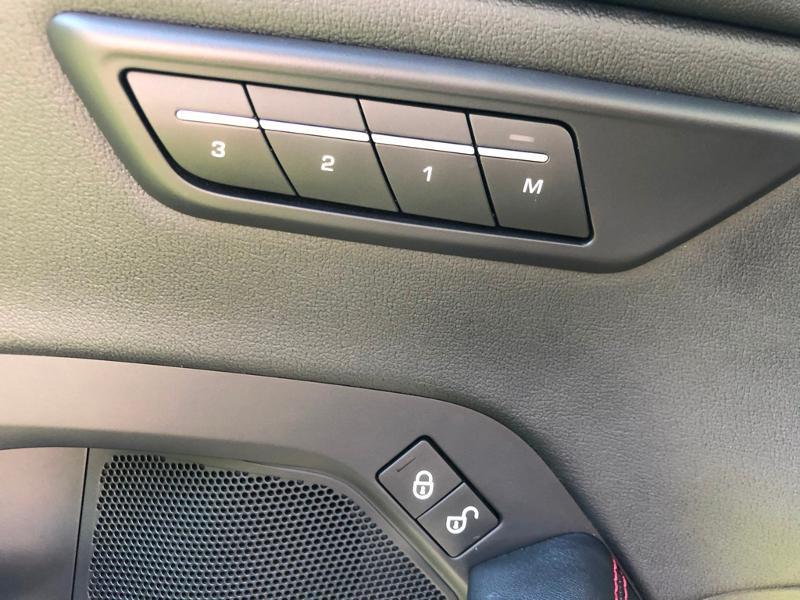 Photo 23 de l'offre de JAGUAR E-Pace 2.0D 180ch R-Dynamic Première Edition AWD BVA9 à 33990€ chez ADO - Auto Distribution Occitane - Toulouse