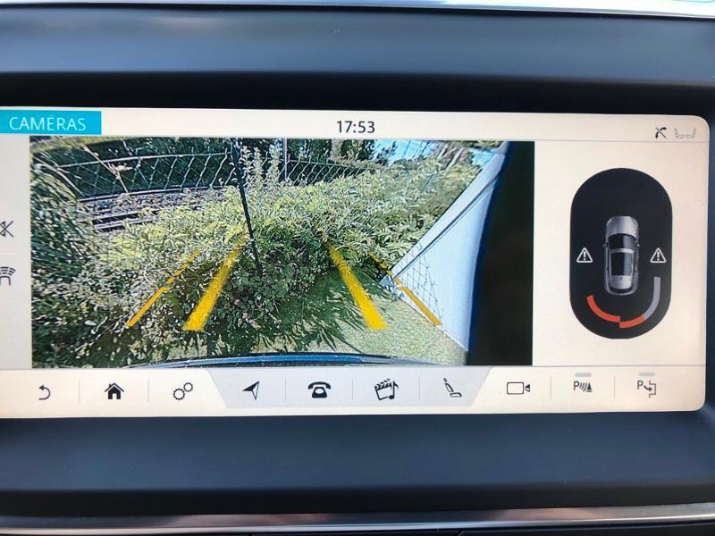 Photo 14 de l'offre de JAGUAR E-Pace 2.0D 180ch R-Dynamic Première Edition AWD BVA9 à 33990€ chez ADO - Auto Distribution Occitane - Toulouse