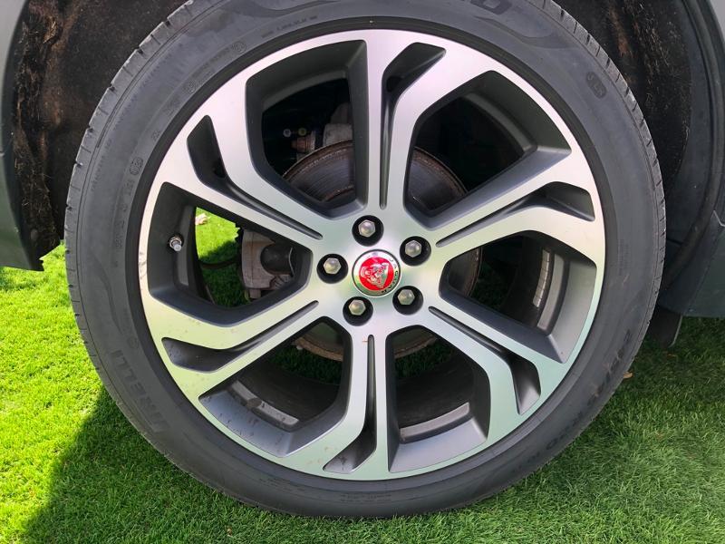 Photo 28 de l'offre de JAGUAR E-Pace 2.0D 180ch R-Dynamic Première Edition AWD BVA9 à 33990€ chez ADO - Auto Distribution Occitane - Toulouse