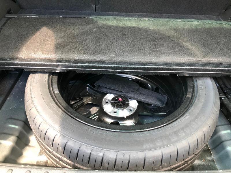 Photo 21 de l'offre de HYUNDAI Tucson 1.7 CRDI 141ch Executive 2WD DCT-7 à 17490€ chez ADO - Auto Distribution Occitane - Toulouse