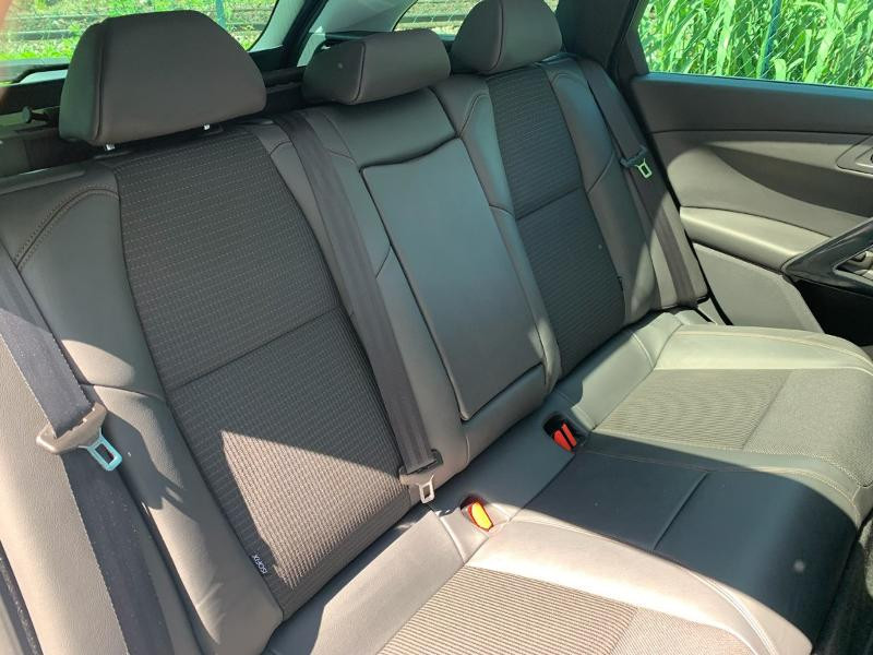 Photo 9 de l'offre de PEUGEOT 508 RXH 2.0 BlueHDi 180ch FAP EAT6 à 14990€ chez ADO - Auto Distribution Occitane - Toulouse