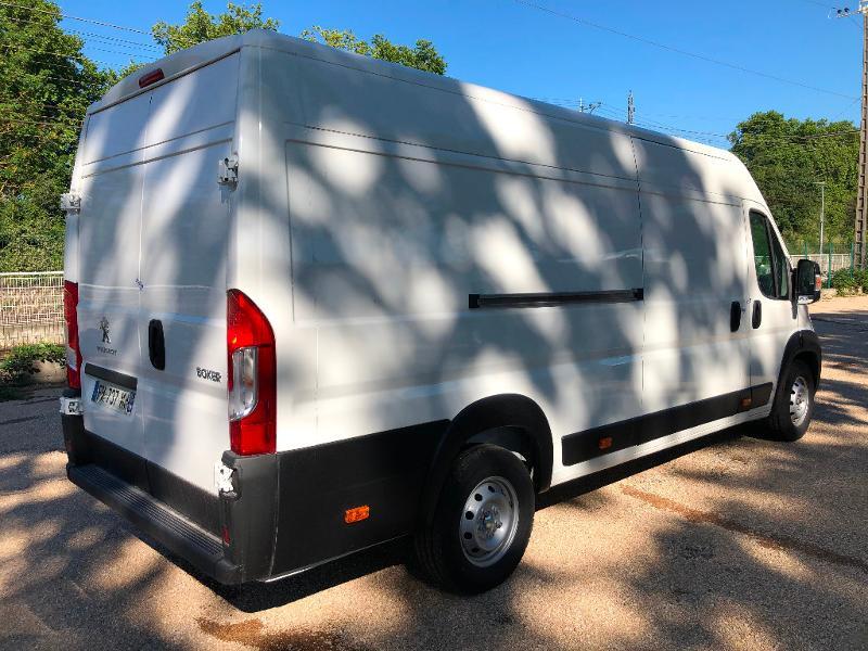 Photo 3 de l'offre de PEUGEOT Boxer Fg 435 L4H2 2.2 BlueHDi S&S 165ch Asphalt à 27990€ chez ADO - Auto Distribution Occitane - Toulouse